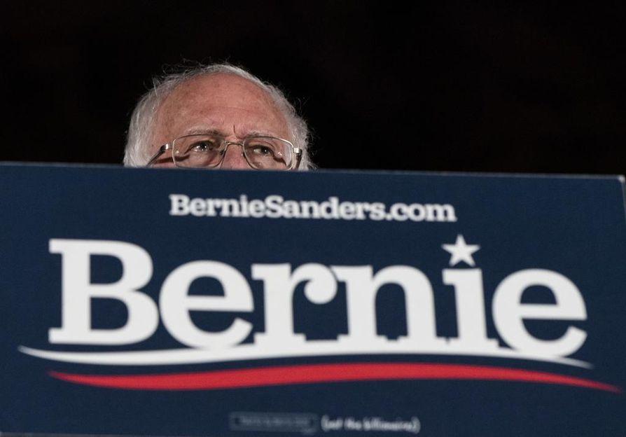 Vermontin senaattori Bernie Sanders sai ylivoimaisen voiton Nevadan esivaaleissa. Osalle oman puolueensa jäsenistä Sanders on liian radikaali ehdokas.