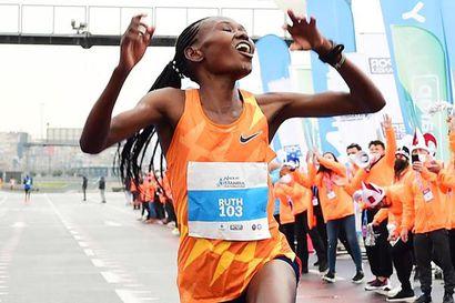 Kenialainen Chepngetich höyläsi Turkissa naisten puolimaratonin ME:stä lähes puoli minuuttia