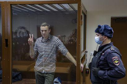 Selviytyi Siperiassa murhayrityksestä kemiallisella aseella, toipui Saksassa, palasi kotiin ja sairastaa hoidotta – kuoleeko Navalnyi Vladimirin vankilassa?