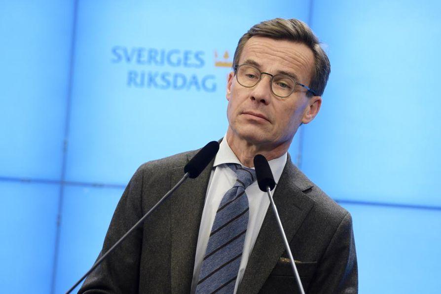 Ruotsin maltillisen kokoomuksen puheenjohtaja Ulf Kristersson on pärjännyt hyvin tuoreessa mielipidemittauksessa.