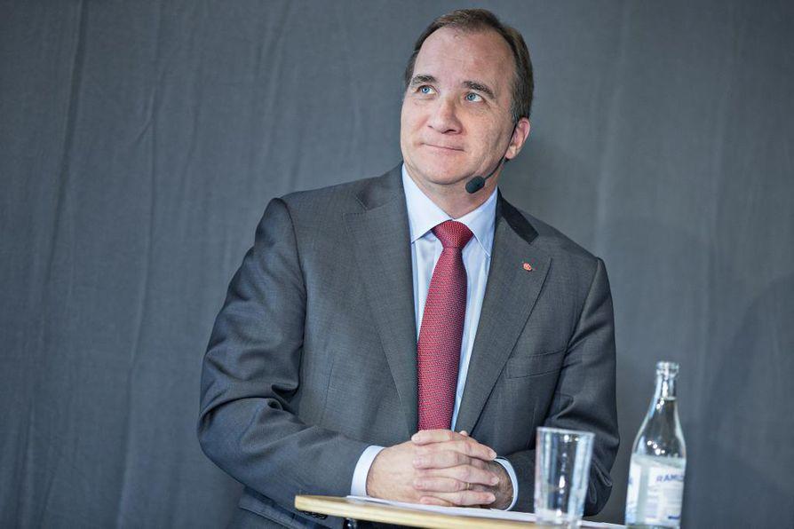 Stefan Löfven lupasi, että ulkoistusprosessista tehdään perusteellinen selvitys.