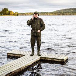 """""""Yksin asuvana olo olisi todella turvaton"""" – Matkapuhelinten kuuluvuusongelmat koetaan Rovaniemen kylissä jo turvallisuusuhkana"""