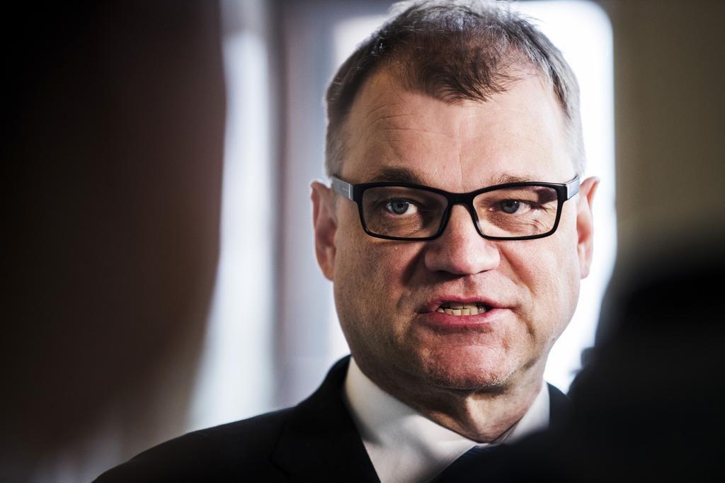 Juha Sipilä: Sipilä, Juha Hulkko ja Seppo Laine perustivat...
