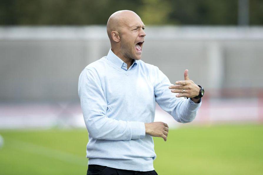 Mika Lähderinne valmensi AC Oulua puolentoista kauden ajan 2018–2019.