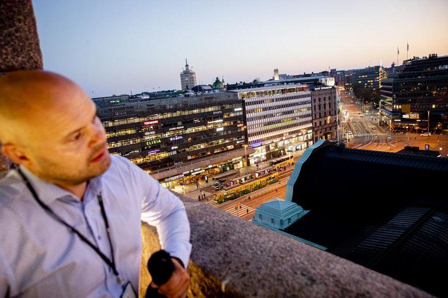 VR:n hankepäällikkö Jani Jääskeläinen paljastaa, että aseman kellotorni haluttaisiin avata laajemmin yleisön käyttöön esimerkiksi kahvilana. Kaikki vaihtoehdot ovat yhä auki, ja VR ottaa ideoita vastaan.