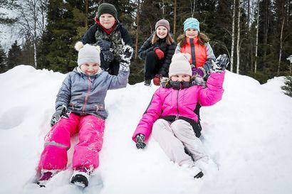 Savukoskella kotikouluissa videoidaan liikuntatuokioita –Rovaniemellä vanhempi kiristää kuria, ettei lapsi kuvittelisi olevansa lomalla