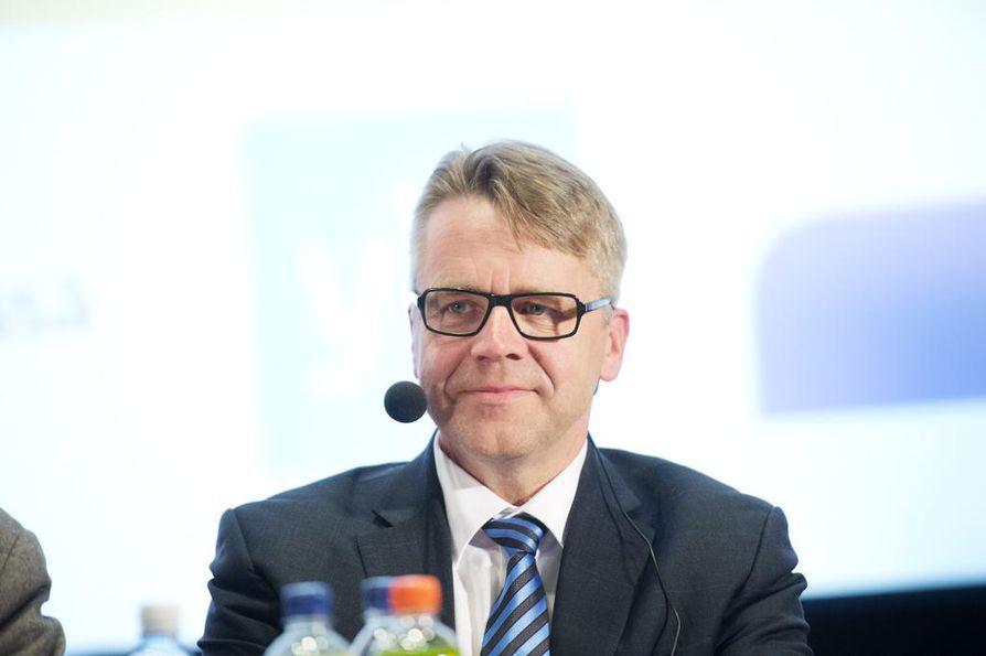 """Peter Östman (kd.) valitsisi europarlamentin. """"Katson sen olevan velvollisuuteni, mikäli äänestäjät haluavat minut EU-parlamenttiin."""""""