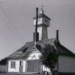 Tiesitkö, että Ruiskuhuoneeseen kuului ennen korkea torni?  – Katso myös muut vaihtokuvat