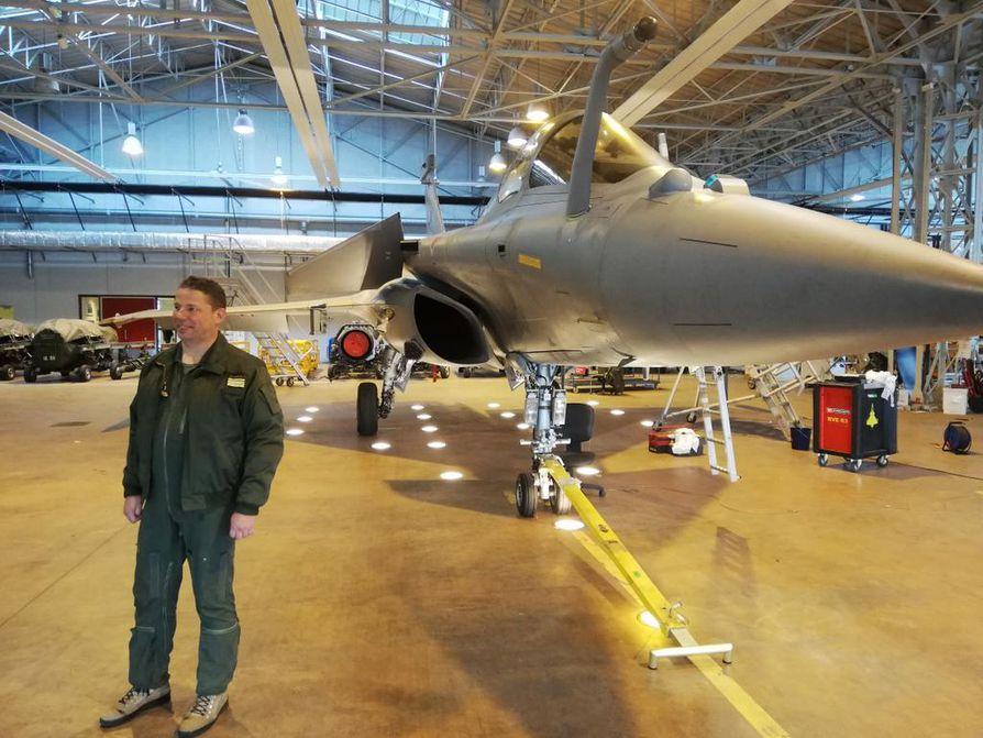 Ranskan ilmavoimien majuri Judikaël on lentänyt Rafalella eri puolilla maailmaa ja on koneeseen tyytyväinen.