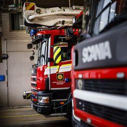Tervolassa tuhoutuu ulkorakennus ja autotalli, Muoniossa palo rajattiin autoon – molempien palojen epäillään saaneen alkunsa auton lämmittämisestä