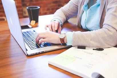 Kannattaako yrityksen hakea luottoa talouslamassa?