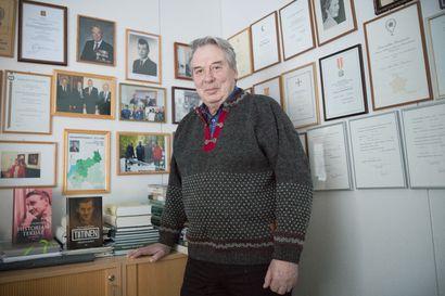 Valtuuston puheenjohtajuus kiinnostaa Pauli Saapunkia – seitsemän vuotta sitten puheenjohtajuudesta luopuneella politiikan konkarilla riittäisi nyt virtaa tehtävään