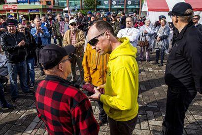 """Perussuomalaisten Jussi Halla-aho kyseenalaistaa länsirajan päätöksiä: """"Ruotsi on valinnut niin toisenlaisen tien koronapandemiassa, että se asia ei yksinkertaisesti ole suomalaisten käsissä"""""""