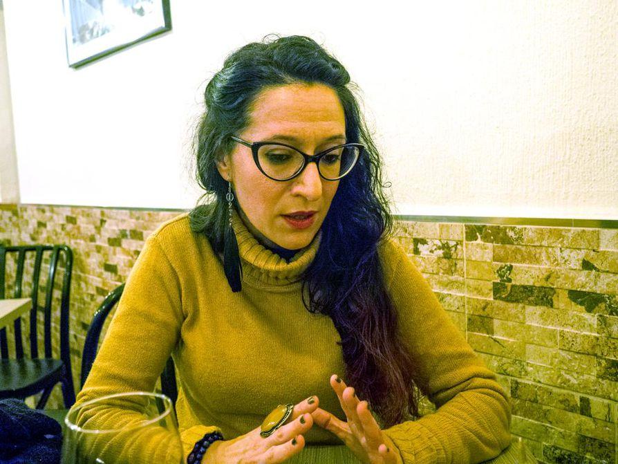Vanessa Bejarano García peräänkuuluttaa vastakkainasettelun sijaan analyyttista ajattelua, jotta Katalonian tilanteesta voitaisiin käydä rakentavaa keskustelua.