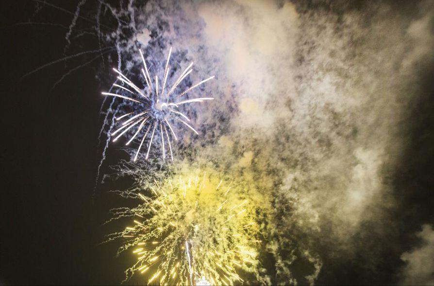 Ilotulitteita saa ampua venetsialaisviikonloppuna Oulu-Koillismaan pelastuslaitoksen alueella.