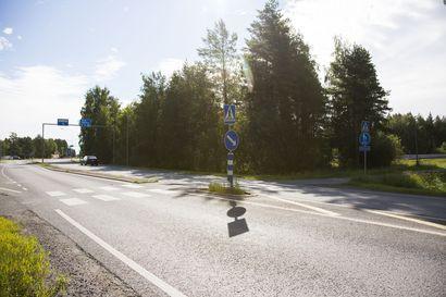 Pyöräilijän ja auton yhteentörmäys Oulunväylällä