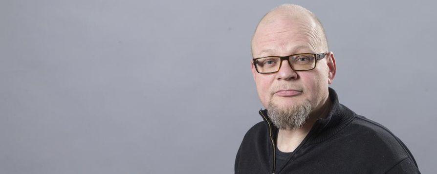 Toimittaja Petri Hakkarainen.