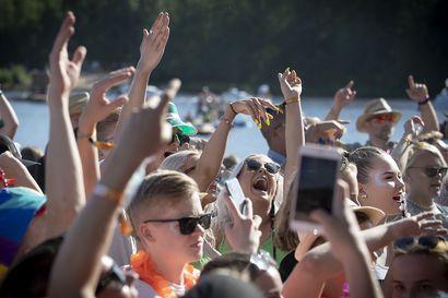 Isojen tapahtumien järjestämiskielto peruu Qstock-festarin tulevalta kesältä
