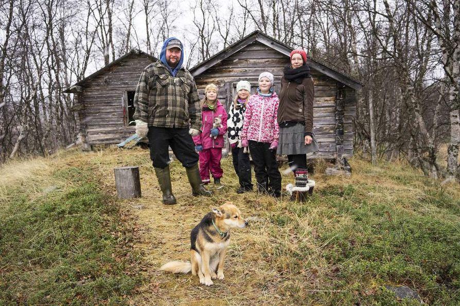 Katja Jomppanen ja Janne Utriainen eivät halua julistaa muille elämäntapaansa. He vain tekevät niin kuin tuntevat olevan heille itselleen parasta.
