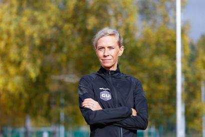 Anne-Mari Hyryläinen jättää maratonit ja palaa täysipäiväisesti vuorioppaan töihin