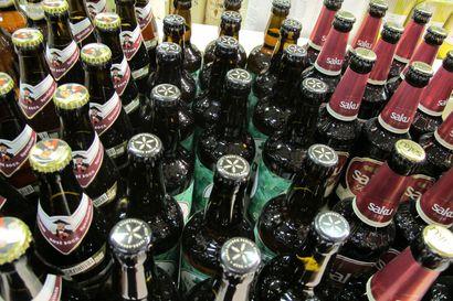 Kauppareissu päättyi painiin – poliisi etsii juomavarkaan kanssa paininutta K-Marketin asiakasta Torniossa