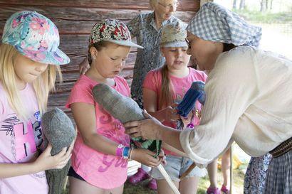 Pulkkilan Seuran apurahahakemus läpi 122 hakemuksen joukosta –lasten perinnetyöpajoja luvassa koko heinäkuuksi