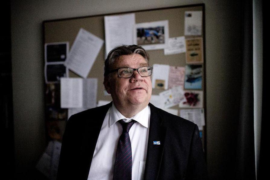 Timo Soini parjasi usein EU:ta värikkäin sanankääntein. Arkistokuva.