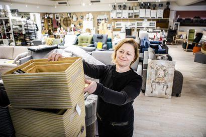 Huonekalukauppa muutti hotellitalon ravintolaan Kittilässä – korona-aika lisäsi tilauksia ja pitkitti toimitusaikoja