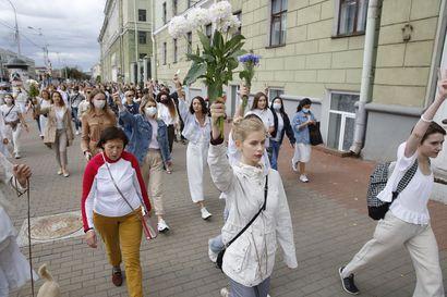 """EU harkitsee pakotteita Valko-Venäjälle – Haavisto: """"Raja reagoinnille menee väkivaltaisuuksissa"""""""