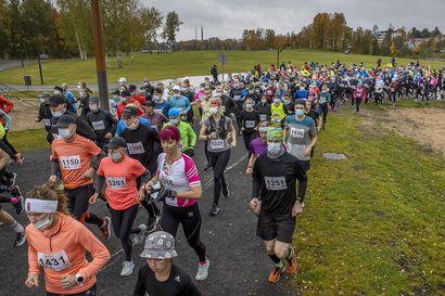 Voittamaton jo viisi vuotta – Lauantaina Terwamaratonilla parhaan ajan 22 vuoteen juossut Ole Antti Halonen on kiehtova maratoonari