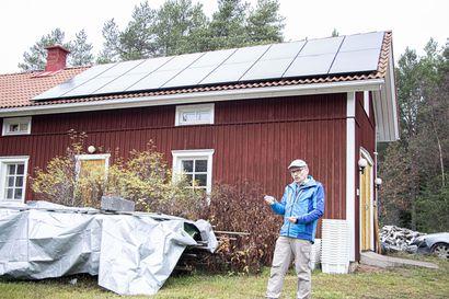 Auringosta lisävirtaa taloon – ylijäämäsähkön Ojanperä myy verkkoon