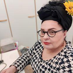 """Oululainen Tanja Roth haluaa jakaa saamansa äitienpäiväkunniamerkin toisten äitien kanssa – """"Äitiys ei ole minulle itsestäänselvyys"""""""