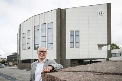 Yksityisavustuksia koskeva päätös siirtyy Rovaniemen kaupunginhallituksen käsiteltäväksi – Kaupunginjohtajan sijainen Antti Määttä käytti otto-oikeutta