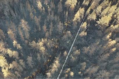 """Video: Tällaista tuhoa tuli teki Muhoksen palossa, jota palomestarikin kuvaa """"suuren maailman maastopaloksi"""""""