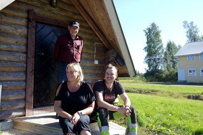 """Tuomiojan touhukas kylä on kasvatttanut väkilukuaan – """"Mikään ei ole suurempi ilo kuin, että johonkin autiorakennukseen syttyy valot."""""""