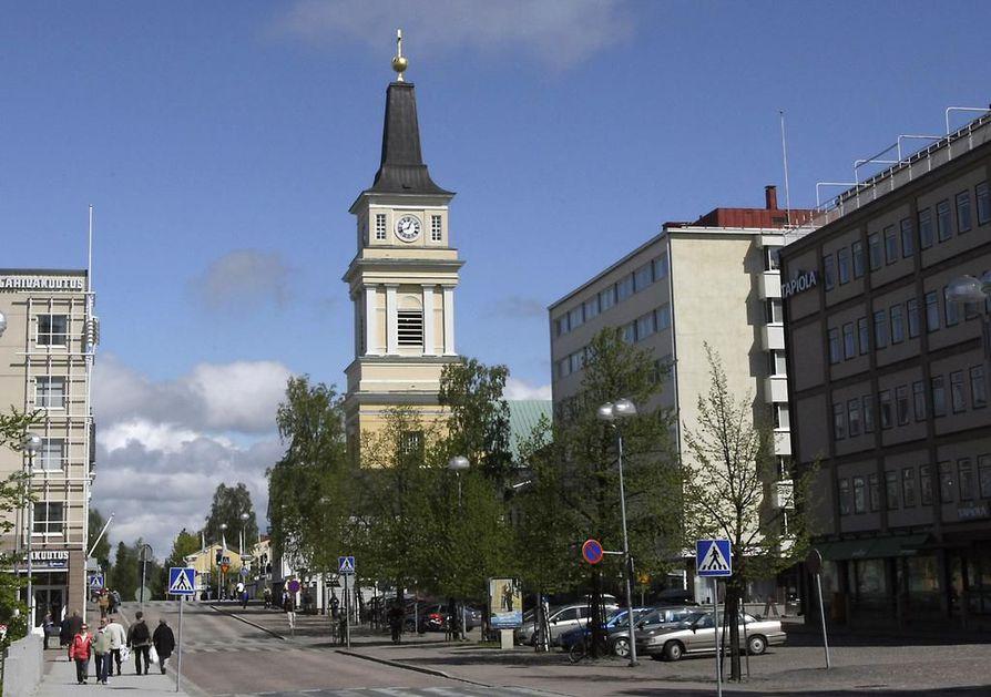Kirkontornit ovat kautta aikojen toimineet – ja toimivat edelleen – maamerkkeinä ja kohoavat näkyvästi esille muusta rakentamisesta paljon Oulua suuremmissakin kaupungeissa, kirjoittaa Ritva Tienari mielipidekirjoituksessaan.