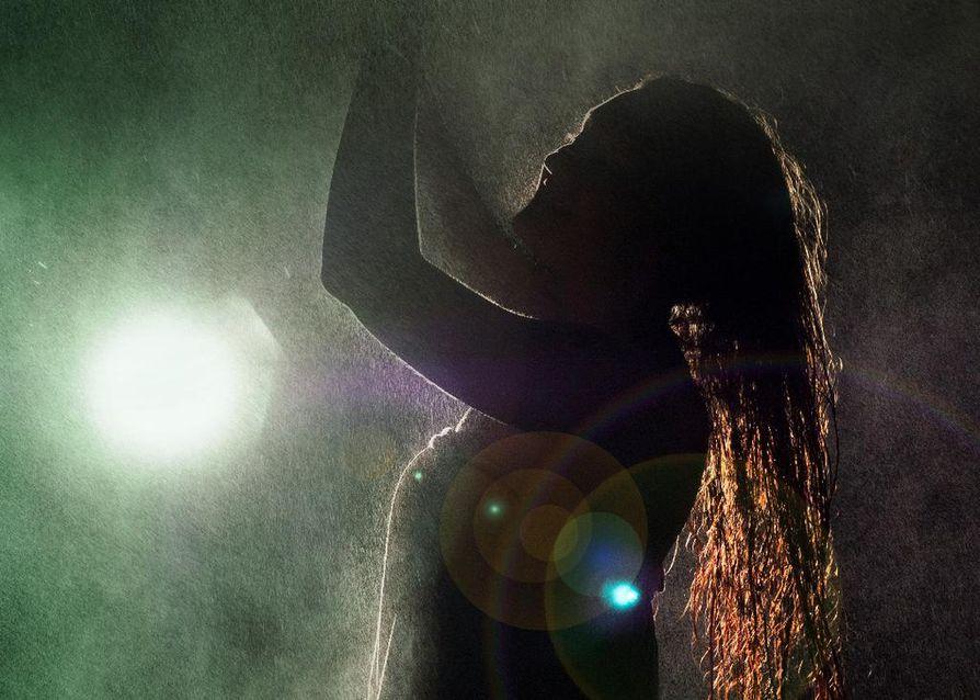 Tanssia!-näytökset ovat osa Oamk:n kulttuurin osaston 20-vuotisjuhlavuoden tapahtumia. Näytösten pääteos on nimeltään Majakka.