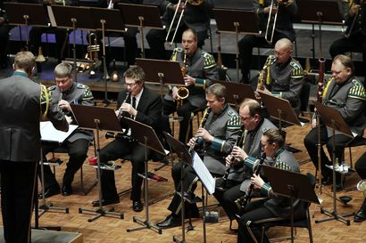 Arvio: Soivia näköaloja neljään suuntaan Lapin sotilassoittokunnan konsertissa