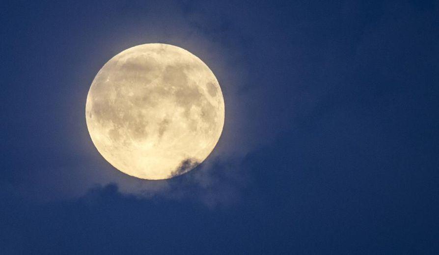 superkuu, täysikuu, kuutamo