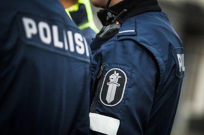 Poliisi keskeytti pahoinpitelyn Rovaniemen keskustassa lauantaina