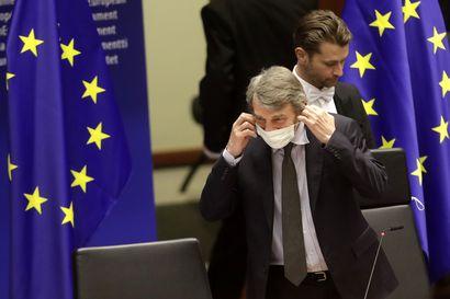 Näkökulma: Koronakriisi vaikeutti EU:n ennestäänkin hankalia budjettineuvotteluita – tänään tulossa uusi kompromissiesitys