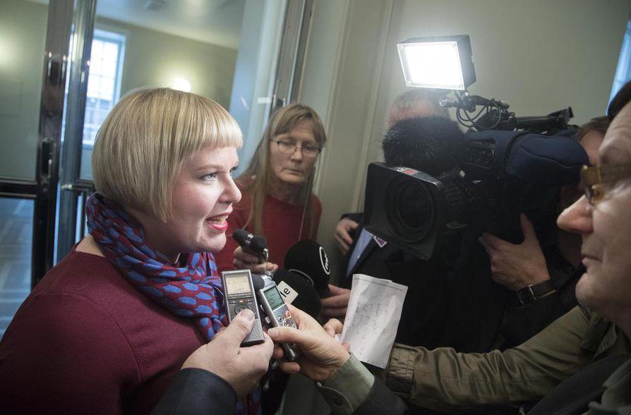 Perhe- ja peruspalveluministeri Annika Saarikon mukaan soten valinnanvapaudessa kysymys on vain muutaman yksityiskohdan hiomisesta.