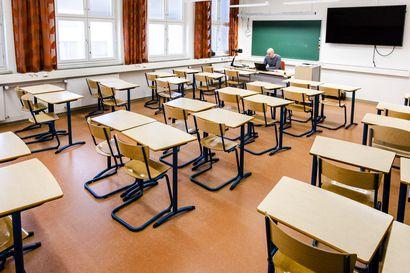 Pääkirjoitus: Lähiopetukseen palaaminen on askel kohti normaalimpaa kouluarkea