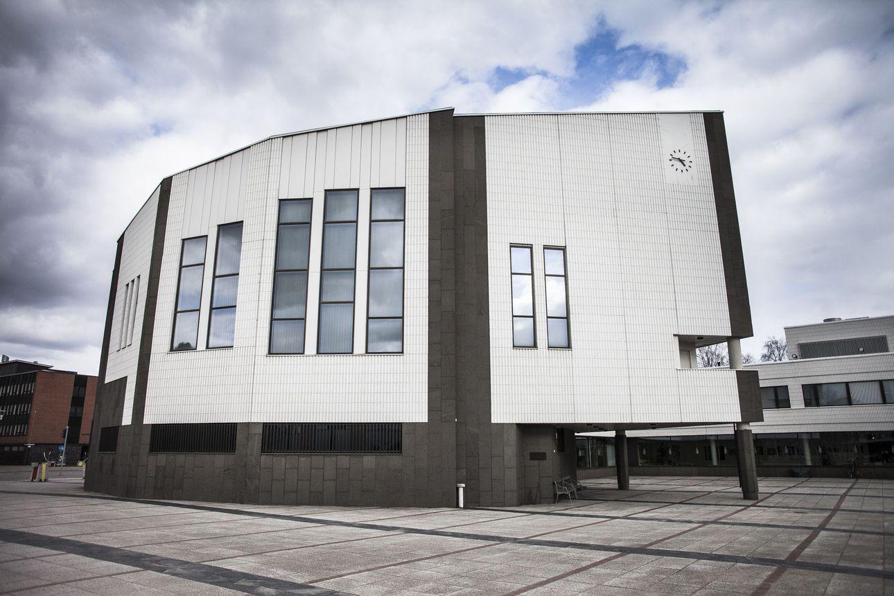 Hallintosääntö läpi äänestellen Rovaniemellä: Sääntö ohjaa kaupungin toimintaa ja päätöksentekoa