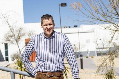 Teksasin ainoat rullasuksihiihtäjät – Kelkkatehtaan tuotantojohtaja Perttu Pörhölä lähti perheineen työkomennukselle Yhdysvaltojen ja Meksikon rajalle