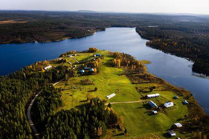 Niesi, Ylläsjärvi ja Kursu esittäytyvät Kylälle asumaan -illassa