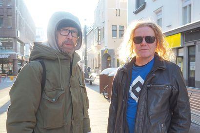 Oululais-islantilainen Rastas sinkoilee musiikillisella matkallaan laidasta laitaan genrerajoista välittämättä