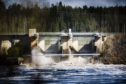 Lukijalta: Ahdas jokiuoma nostaa tulvaa