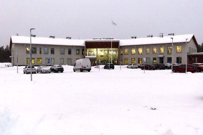 Sodankylän uuden hyvinvointikeskuksen katossa vesivuoto – rakennevika neljässä huippuimurissa