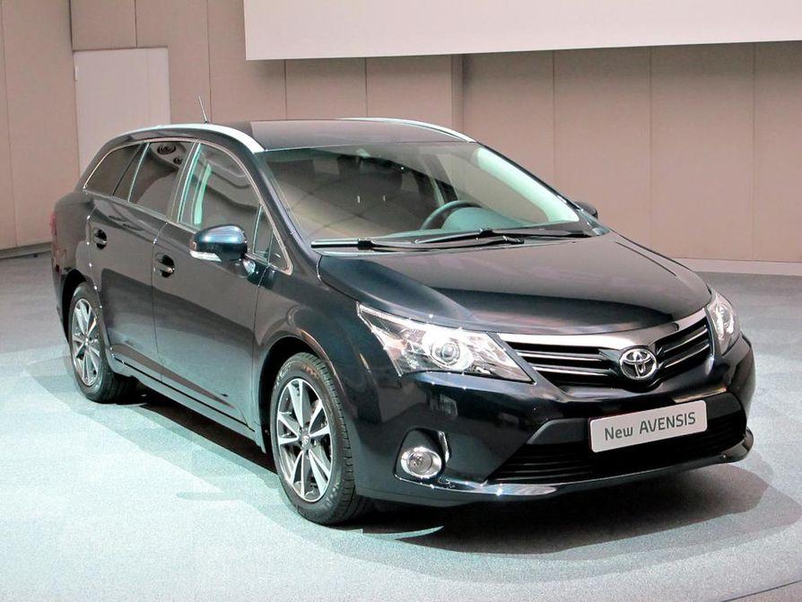 Toyota Avensis on ollut Suomessa erittäin suosittu automalli.